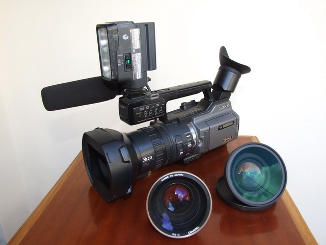 Professional Sony Pd 170 Video Camera For Sale By Hans