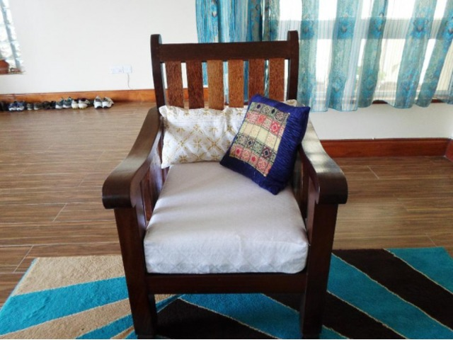 Hard Coconut And Mavuli Wood Sofa Set Nairobi Deals In