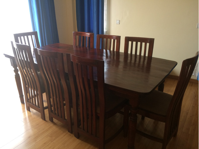 Natural Finish 8 Seater Mahogany Wood Dining Table