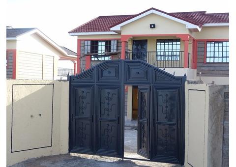 5 Bedrooms House For Sale In Kitengela .O.