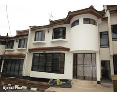 4 BEDROOM(2 Ensuite) Townhouse for Sale - Lavington.M.
